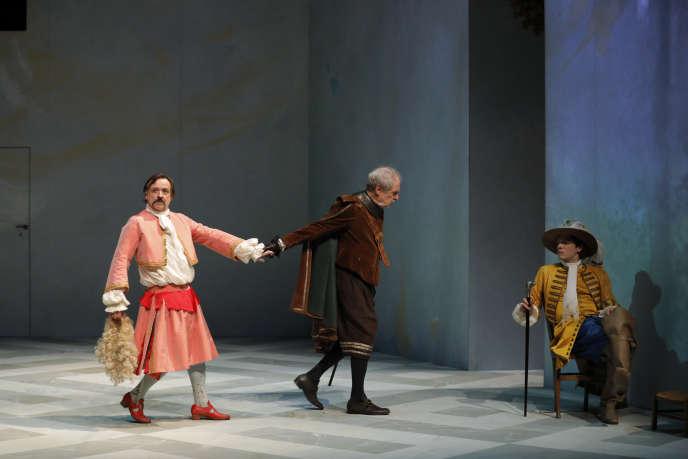 Vincent Garanger, Alain Rimoux et Iannis Haillet dans «George Dandin», au Théâtre du Préau, à Vire (Calvados).