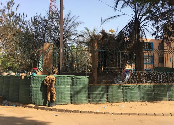 Le quartier général des forces armées, à Ouagadougou, le 2 mars.