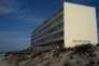 L'érosion a rapproché l'immeuble Le Signal de l'océan, à Soulac-sur-Mer (Gironde).