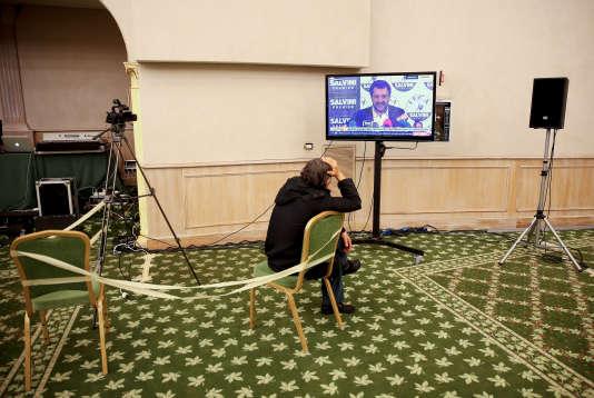 Intervention télévisée le 5 mars de Matteo Salvini, le leader de la Ligue, parti d'extrême droite.