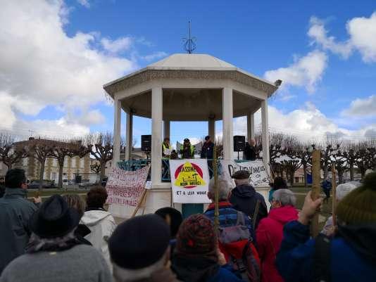 Manifestation dimanche 4 mars à Mauzé-sur-le-Mignon en Nouvelle-Aquitaine.