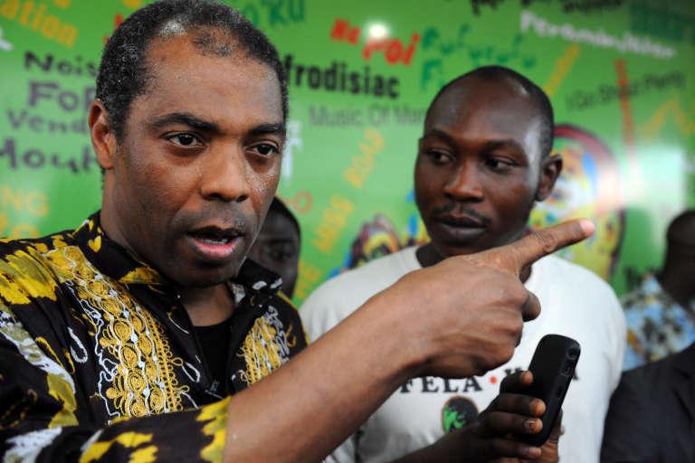 Femi (à gauche) et Seun Kuti, à Lagos, lors de l'ouverture du musée dédié à Fela Kuti, leur père, en octobre 2012.