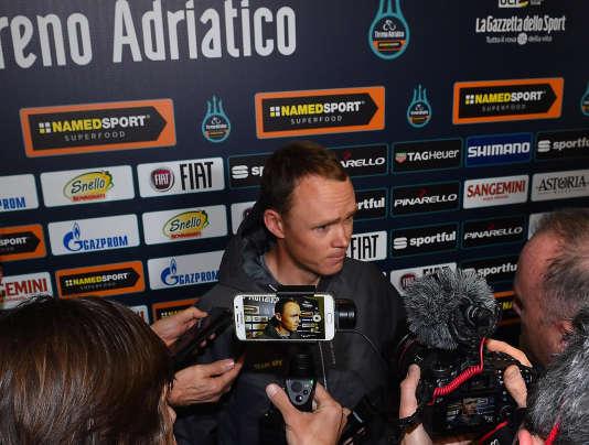 Christopher Froome a encore attiré la presse au départ de Tirreno-Adriatico, sa deuxième course de l'année.