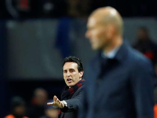 Unai Emery, au second plan, a perdu la bataille tactique face à son rival madrilène Zinédine Zidane.
