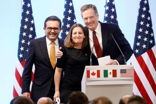 Ildefonso Guajardo, le ministre mexicaine de l'économie, Chrystia Freeland, la ministre canadienne des affaires étrangères, et Robert Lighthizer, le représentant au commerce des Etats-Unis, à Mexico, le 5 mars.