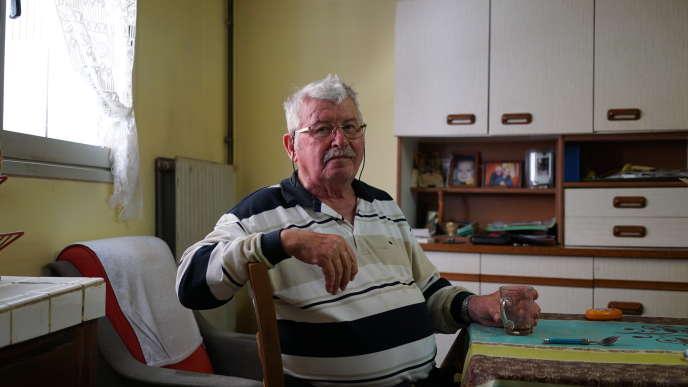 Lucien Lalanne, 82 ans, ancien maçon, à Saint-Orens-Pouy-Petit (Gers), est veuf depuis novembre 2016.