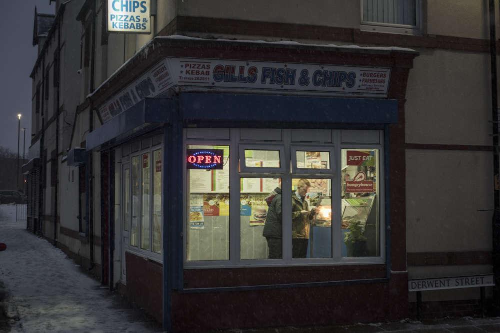 L'obésité est devenue l'une des premières causes de maladie à Hartlepool. Le quart des enfants est classé obèse. Alors que les magasins sont rares, les « kebabs », ces fast food qui servent fish and chips et poulet frit, pullulent.