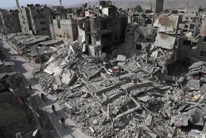 Une rue de la ville de Douma, dans la Goutha orientale, en Syrie.