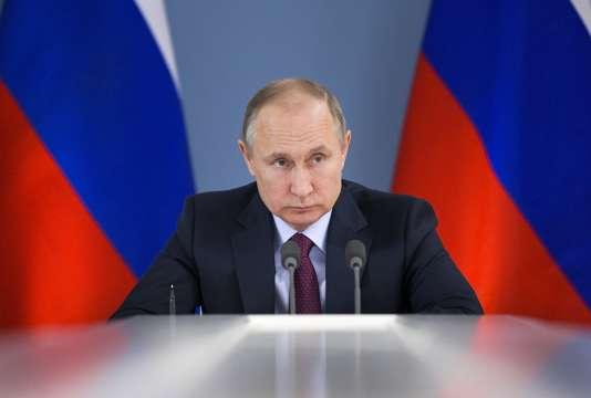 Le président russe Vladimir Poutine le 7 mars à Samara, en Russie.