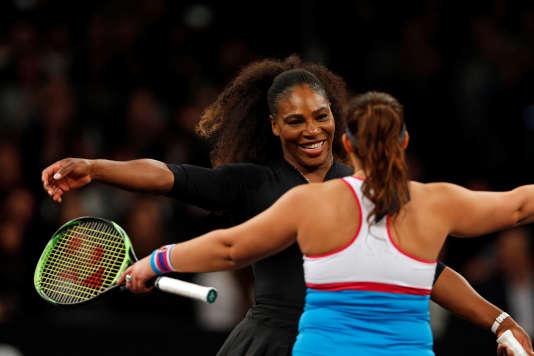 Serena Williams, lors d'un match-exhibition face à Marion Bartoli, au Madison Square Garden de New York, le 5 mars.
