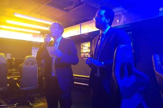 Le députéDenis Masséglia et le secrétaire d'Etat au numérique Mounir Mahjoubi lors de la soirée de lancement de la commission sur les jeux vidéo.