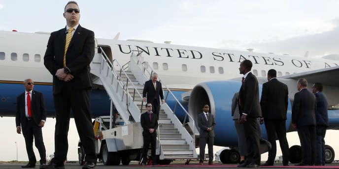 Le secrétaire d'Etat américain, Rex Tillerson, à son arrivée, le 7 mars, à l'aéroport d'Addis-Abeba.