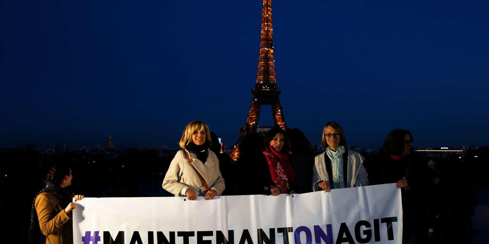 La maire de Paris, Anne Hidalgo, et la ministre de la culture, Françoise Nyssen, à un rassemblement, à Paris, le 7 mars 2017.