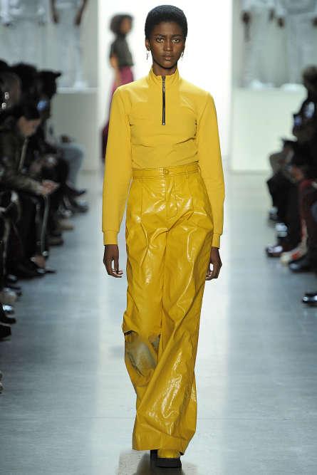 A New York, Pyer Moss assume l'art de faire une mode véritablement engagée et désirable, sans artifices.