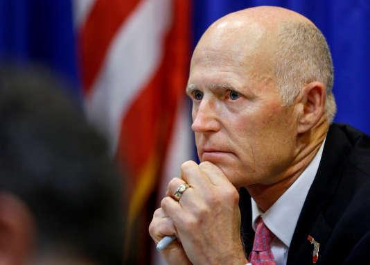 Le gouverneur républicain de Floride, Rick Scott, s'est dit opposé à l'armement des professeurs à l'école.