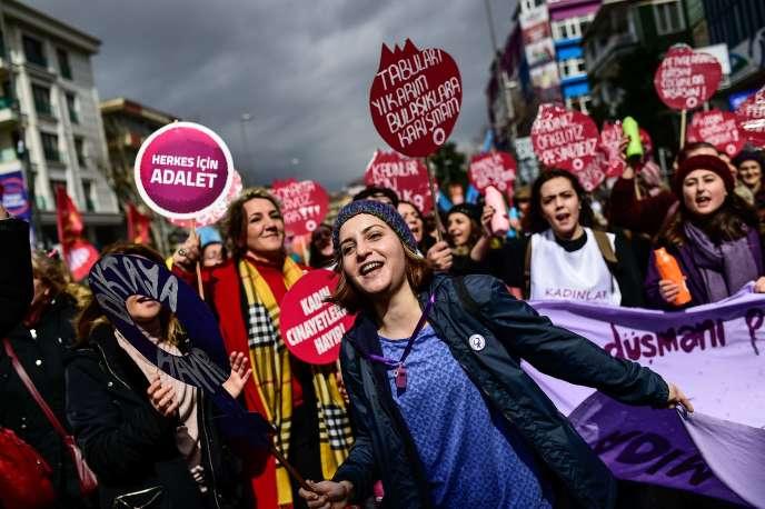 Une manifestation pour les droits des femmes, le 4 mars, à Istanbul.