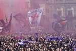 Florence : l'hommage émouvant des supporteurs du footballeur Davide Astori