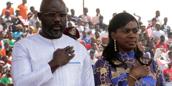Le président libérien, George Weah, et son épouse Clar, à Monrovia, en janvier 2018.