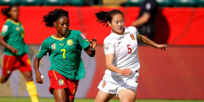 Gabrielle Onguéné à Edmonton (Canada), en juin 2015, pendant un match de Coupe du monde contre la Chine.