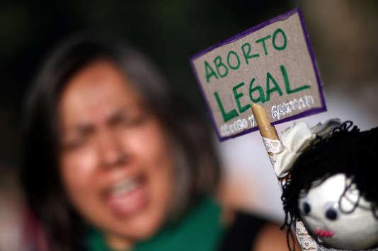 Pancarte réclamant la légalisation de l'avortement, le 8 mars à Buenos Aires.
