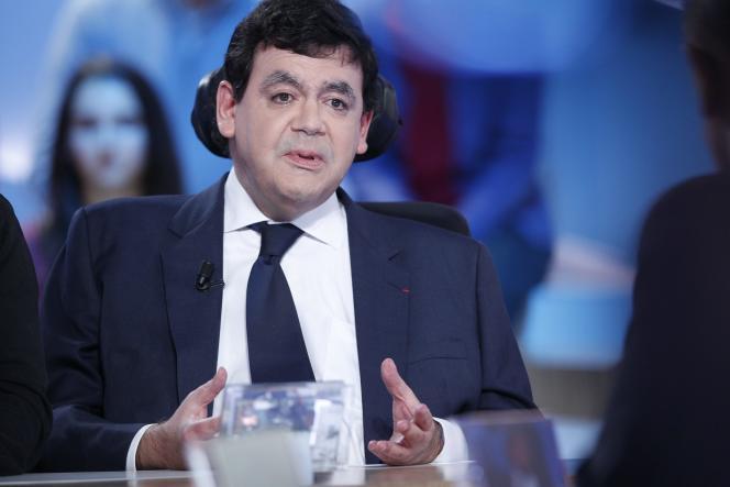 Eric Molinié, sur le plateau du « Grand Journal » de Canal+, le 10 décembre 2012.