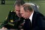 Vladimir Poutine et le ministre de la Défense russe Sergey Shoigu,en 2015.