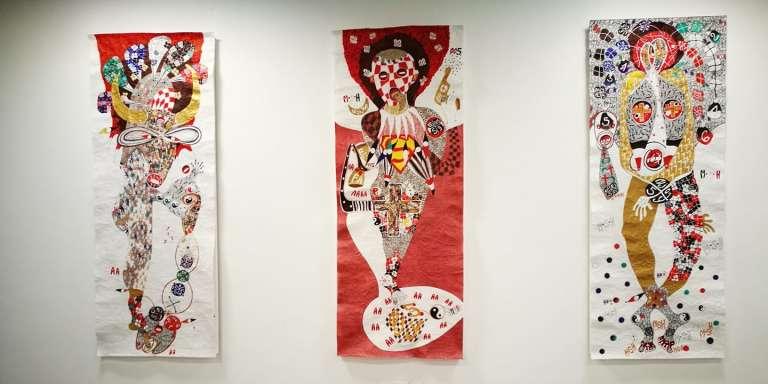 Trois œuvres d'Ernest Dükü exposées à la galerieLouiSimone Guirandou, à Abidjan.