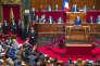 «Il ne peut y avoir de confiance si le monde politique continue d'apparaitre comme le monde des petits arrangements, à mille lieues des préoccupations des Français », Emmanuel Macron, président de la République, devant le Parlement réuni en Congrès à Versailles, le 3 juillet 2017.