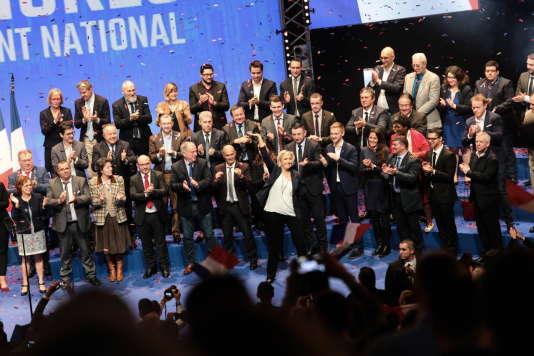 Marine Le Pen après son discours lors de la deuxième journée du congrès du Front national.