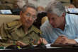 Le président cubain Raul Castro et son successeur désigné, le vice-président Miguel Diaz-Canel,à l'Assemblée nationale, à La Havane, en 2016.