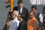 Emmanuel Macron, en visite d'Etat en Inde, en compagnie de Narendra Modi, premier ministre Indien, et Yogi Adityanath, lundi 12 mars.