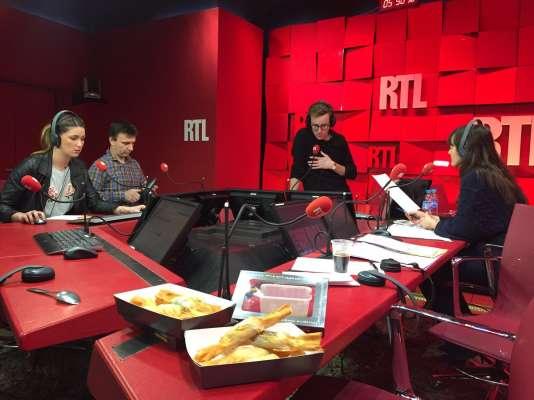Autour de Julien Sellier, Olivia Leray, le chefFrançois Pasteau et Marina Giraudeau.