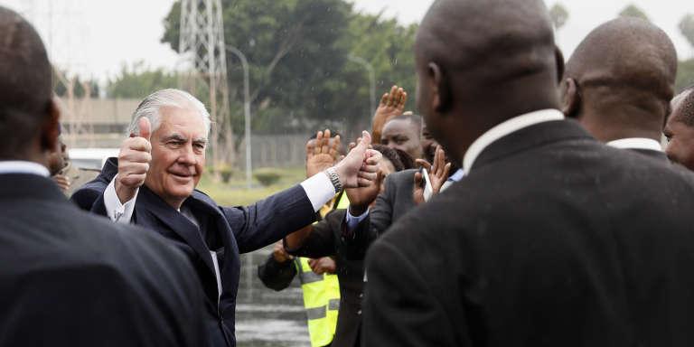 Le secrétaire d'Etat américain Rex Tillerson avant son départ de l'aéroportJomo-Kenyatta à Nairobi, le 12 mars 2018.