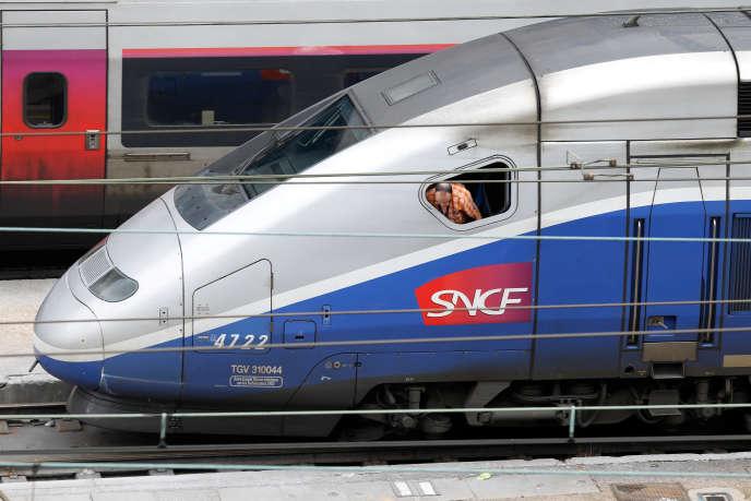 Le groupe n'achete plus que des TGV à deux étages d'une capacité de 550 personnes.