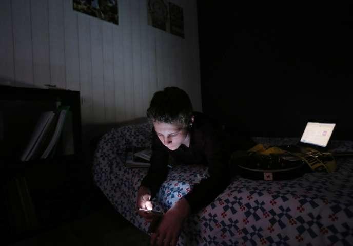 88% des 15-24 ans interrogés estiment «être en manque de sommeil et ressentent de la fatigue, de la nervosité, de la somnolence».