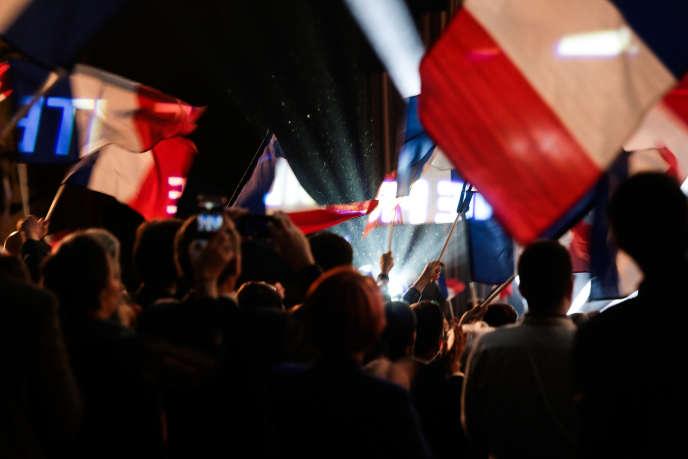 Pendant le discours de Marine Le Pen lors du XVIe congrès du Front national, à Lille, le 11 mars.