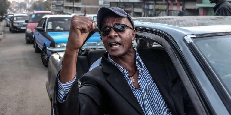 Le journaliste Eskinder Nega, après sa libération de la prison de Kaliti à Addis-Abeba, le 14 février 2018.