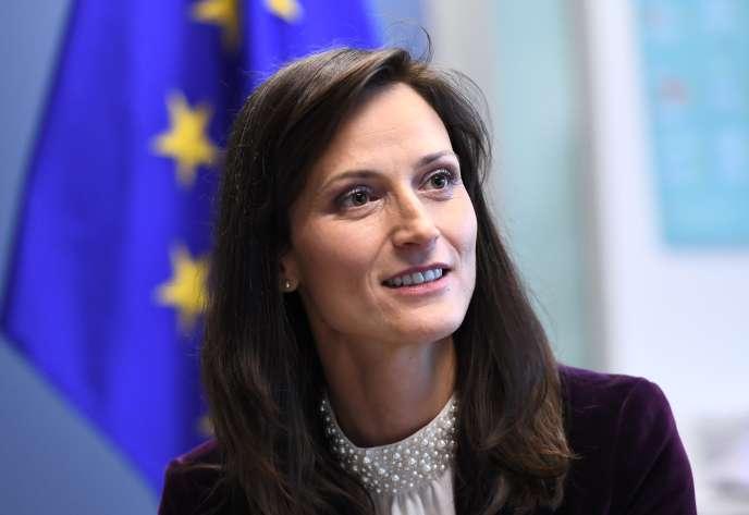 La Bulgare Mariya Gabriel, commissaire à l'économie et la société numériques, le 8 mars, à Bruxelles.