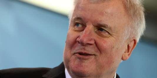 Horst Seehofer, le nouveau ministre de l'intérieur, à Munich, le 13 mars.