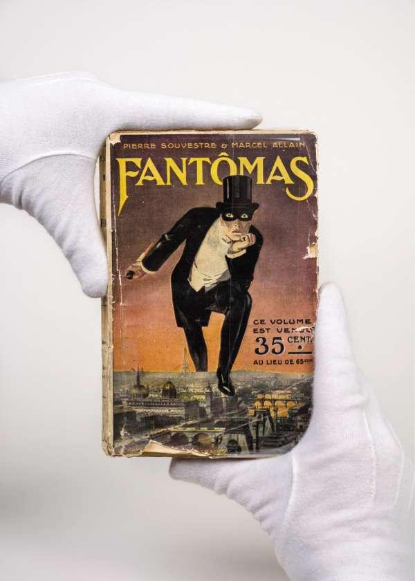 Fantômas fut le premier héros récurrent français : 32 épisodes et cinq millions de volumes vendus entre 1911 et 1913.