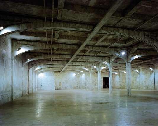 L'espace dédié aux défilés, dans les locaux de Prada, à Milan.