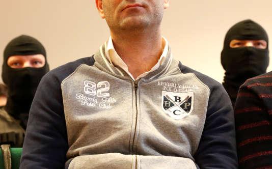 Ahmed H., domicilié à Chypre depuis une dizaine d'années, est accusé d'avoir jeté des projectiles sur la police hongroise qui venait de fermer la frontière avec la Serbie en septembre 2015.