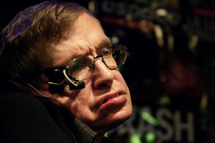 Le physicien et cosmologiste britannique Stephen Hawking, le plus célèbre scientifique contemporain, est mort à 76 ans.
