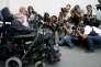 Stephen Hawking lors d'une conférence de presse au palais présidentiel de La Monda à santiago du Chili, en 2008.