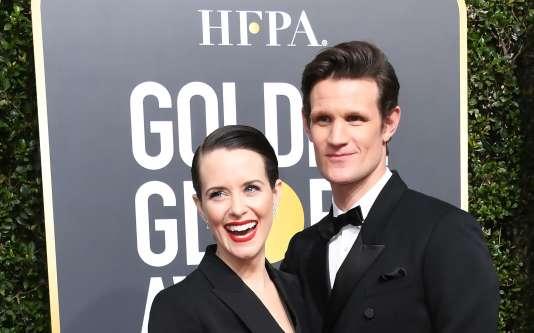 Les deux acteurs principaux de « The Crown», Claire Foy et Matt Smith, lors des Golden Globes, à Beverly Hills (Californie), le 7 janvier.