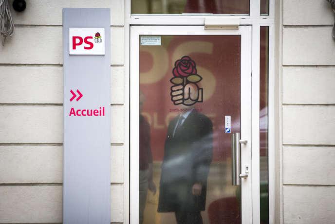 Vote pour le premier tour du congrès du Parti socialiste au siège du PS rue de Solférino à Paris, jeudi 15 mars 2018.