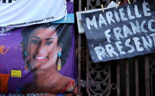 Manifestation en hommage àMarielle Franco, devant l'hôtel de ville de Rio, le 15 mars.