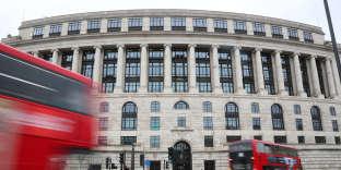 L'immeuble Unilever à Londres, le 15 mars 2018. Le groupe a décidé de ne garder qu'un siège social, celui de Rotterdam.