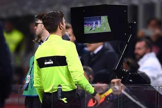 La FIFA valide le recours à l'arbitrage vidéo pour le Mondial 2018