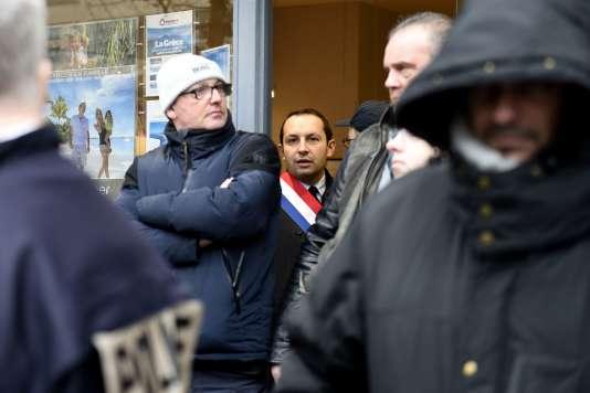 Le député FN Sébastien Chenu affirme avoir été agressé à Valenciennes, jeudi 15 mars.